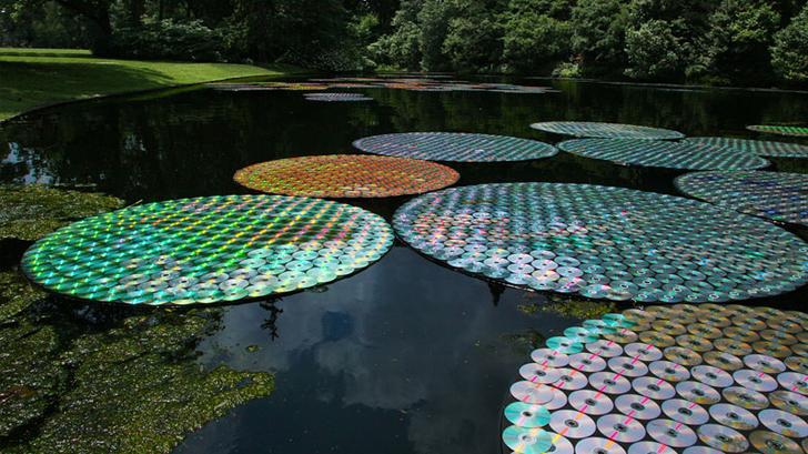Bruce-Munro-Lilies.jpg