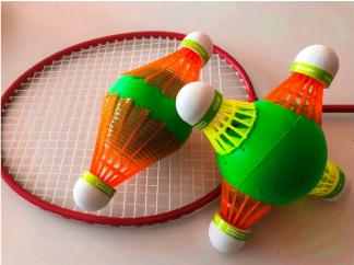 badminton y básquet